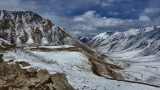 Near the top of Khardung La, just 100 more to climb